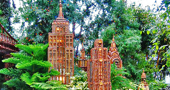 Holiday train show at the new york botanical garden for Garden discount chelles